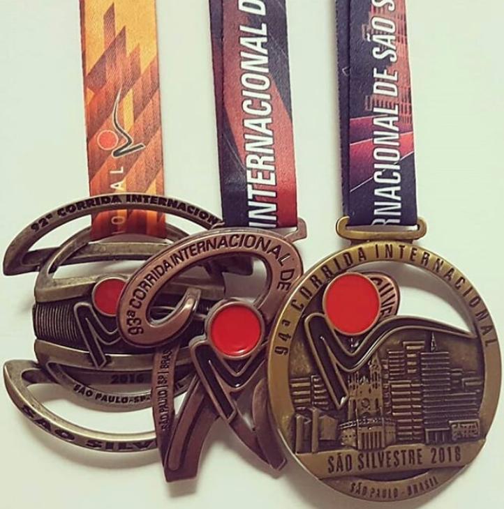 Medalhas antigas da São Silvestre
